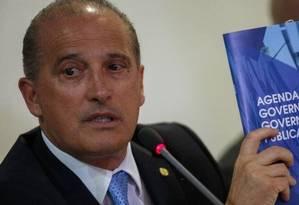 O ministro da Casa Civil, Onyx Lorenzoni, durante apresentação das metas de 100 dias de governo Foto: Daniel Marenco/Agência O Globo