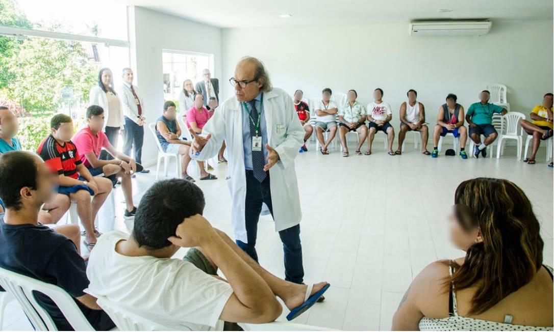 JB BA Clinica Jorge Jaber oferece curso gratuito na área de saúde: Psiquiatria e Dependência Química Foto: Divulgação