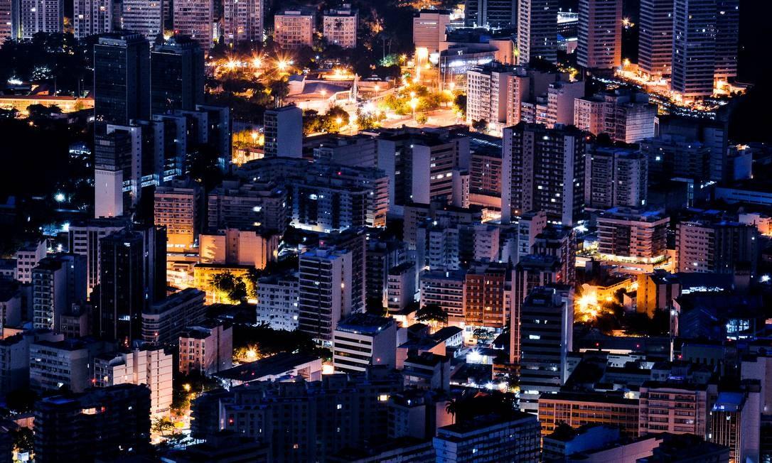 """""""Rio ao amanhecer"""", de Carlos Monteiro - O bairro de Botafogo Foto: Carlos Monteiro / Agência O Globo"""