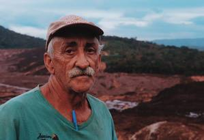 'Se a lama chegar até a minha terra, perco todo o meu trabalho', lamentou o produtor rural Geraldo de Oliveira, de 66 anos. Foto: Bárbara Ferreira