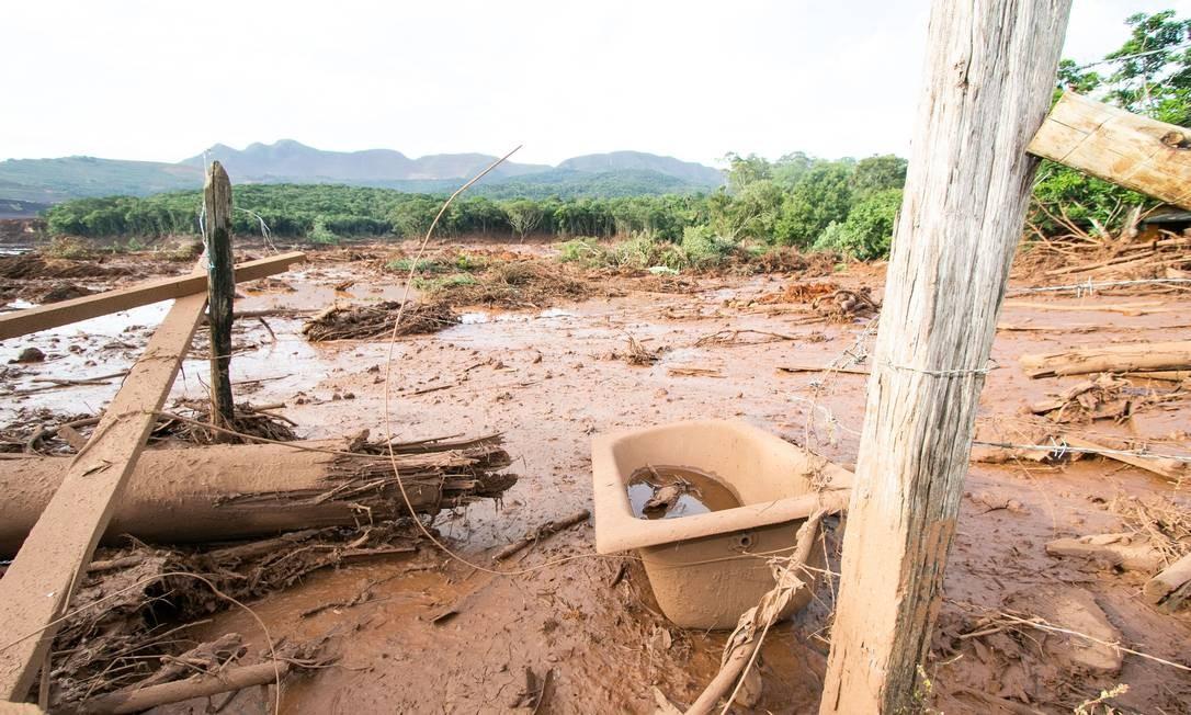 Rompimento da barragem da mina do Feijão deixa rastro de lama e dejetos em Brumadinho Foto: Giazi Cavalcante/Código19/Agência O Globo / Agência O Globo