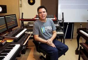"""Música. Luciano Alves dá cursos on-line, mas vê uma vantagem no presencial: """"Obriga o aluno a estudar assiduamente, pois ele não quer passar vergonha na aula"""" Foto: Divulgação"""