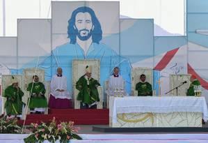 Papa Francisco rezou pelas vítimas de Brumadinho na Jornada Mundial da Juventude, no Panamá, neste domingo Foto: LUIS ACOSTA / AFP