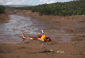 Bombeiros continuam a buscar vítimas em Brumadinho Foto: Márcia Foletto / Agência O Globo