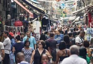 Para 69,9% dos empresários, haverá melhora no faturamento no primeiro semestre Foto: Ana Branco / Agência O Globo