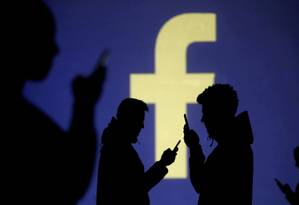 Ferramenta visa combater interferência em eleições com transparência sobre anunciantes Foto: Dado Ruvic / REUTERS