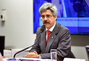 O deputado Luiz Sérgio (PT-RJ), durante sessão do Conselho de Ética da Câmara Foto: Zeca Ribeiro/Câmara dos Deputados/09-11-2016