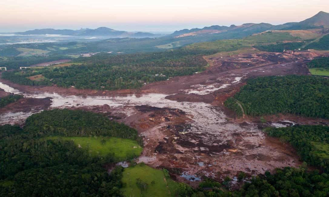 Devastação causada por rompimento de barragem em Brumadinho Foto: Daniel Marenco / Agência O Globo