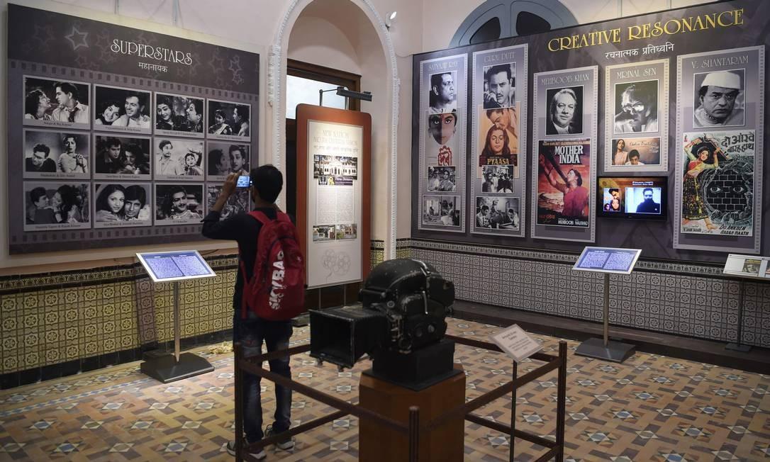 Câmeras, pôsters e fotografias no Museu Nacional de Cinema Indiano Foto: PUNIT PARANJPE / AFP