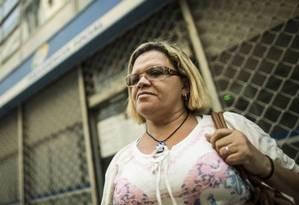 A pensionista Maria Izabel da Silva Mendonça teme que as mudanças dificultem a vida de viúvos que tinham união estável Foto: Guito Moreto - Agência O Globo