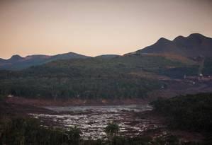Região devastada pelo rompimento da barragem da Mina Córrego do Feijão, em Brumadinho Foto: Daniel Marenco / Agência O Globo