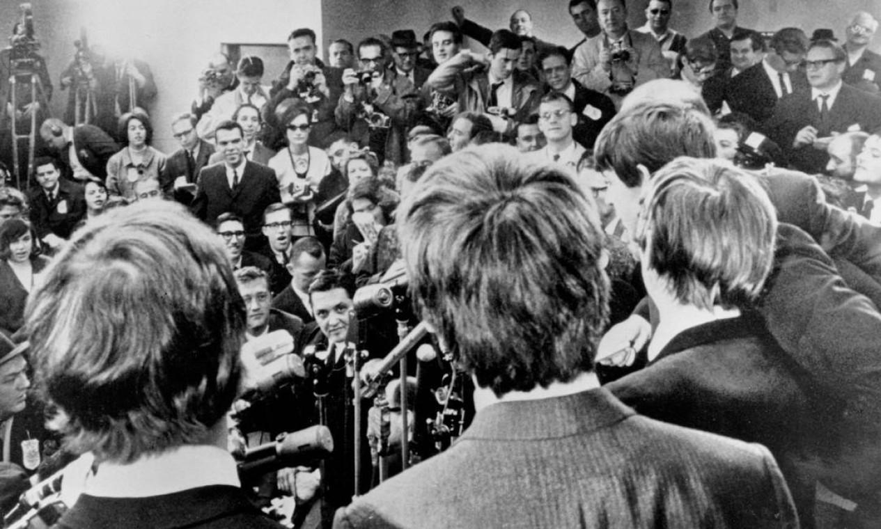 Coletiva de imprensa, em Nova Iorque, em 7 de fevereiro de 1964. Foto: Charles Tasnadi / AP Photo