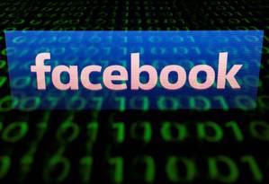 Aplicativo usado para coletar dados de usuários pelo Facebook foi banido da App Store no ano passado Foto: LIONEL BONAVENTURE / AFP