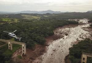 Vista aérea de parte da destruição causada pelo rompimento da barragem da Vale em Brumadinho, no dia 26 de janeiro Foto: Pedro Vilela / Getty Images