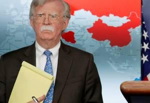 Conselheiro de Segurança Nacional dos Estados Unidos, John Bolton, durante o anúncio das sanções contra a PDVSA Foto: JIM YOUNG / REUTERS