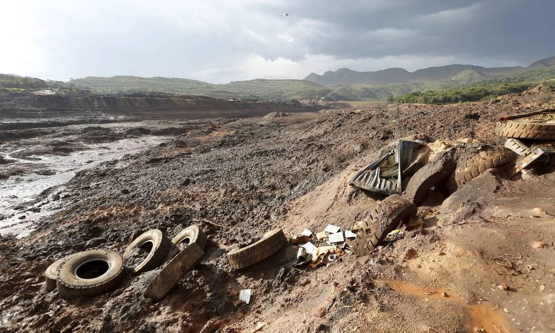 Mar de lama de rejeitos em Brumadinho (MG) Foto: Domingos Peixoto / Agência O Globo