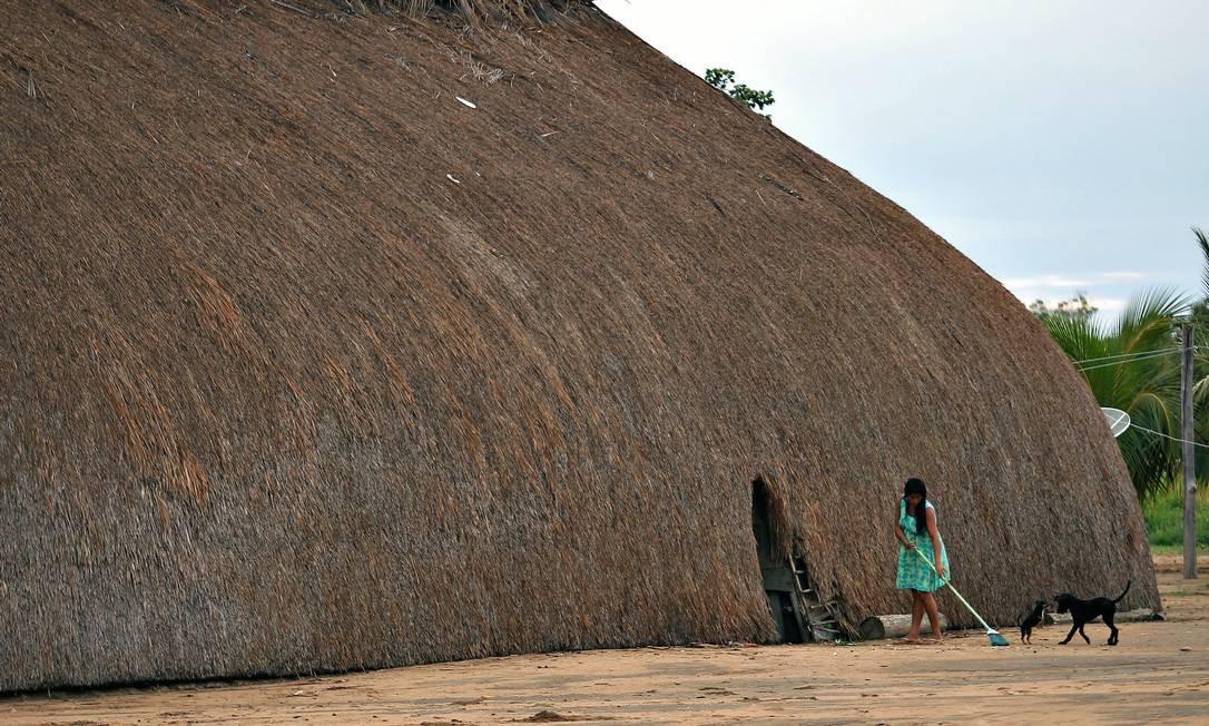 A aldeia Kamayurá está localizada no Parque Nacional do Xingu. Após cerimônia do Kuarup, 15 anos atrás, a menina foi levada, segundo os kamayurás Foto: Jorge William / Agência O Globo