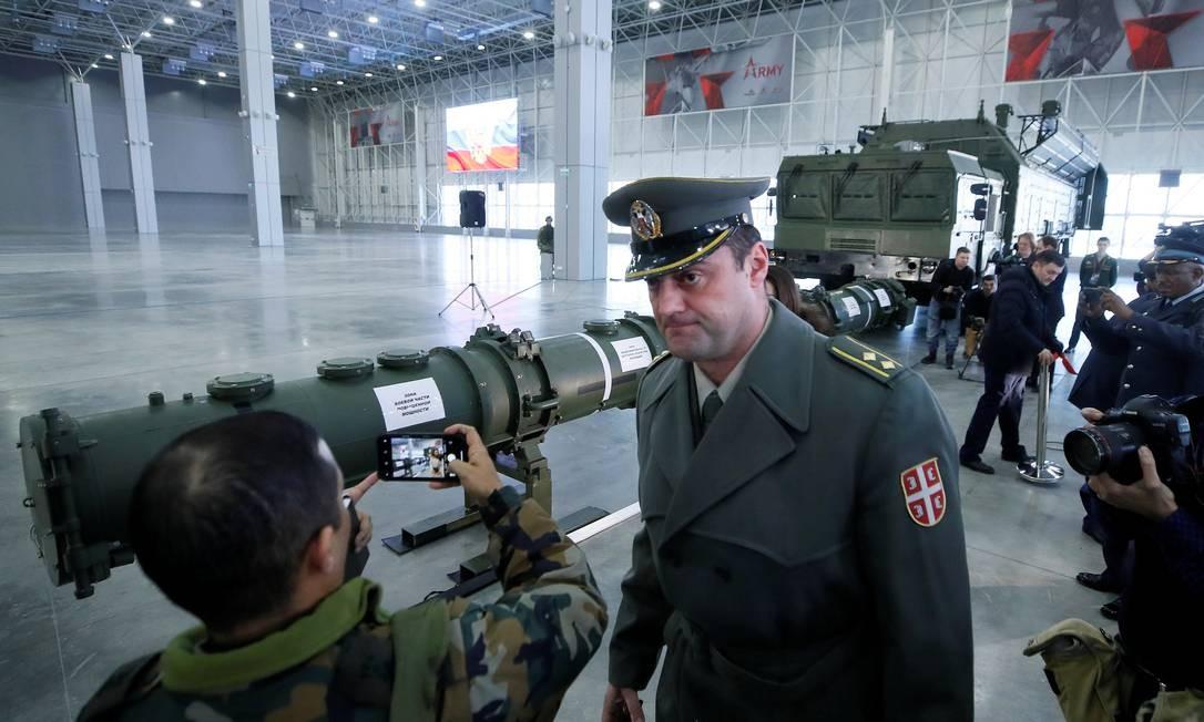 Exposição do míssil SSC-8 realizada pelo Ministério de Defesa, em Moscou Foto: Maxim Shemetov / REUTERS
