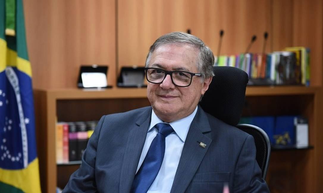 O ministro da Educação, Ricardo Vélez Rodríguez: reconhecimento de 'equívoco' ao solicitar que alunos sejam gravados cantando hino nacional foi feito após críticas Foto: Divulgação/MEC