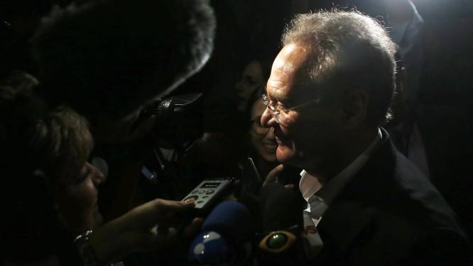 O senador Renan Calheiros chega para reunião da bancada do MDB do Senado Foto: Jorge William/Agência O Globo/29-01-2019
