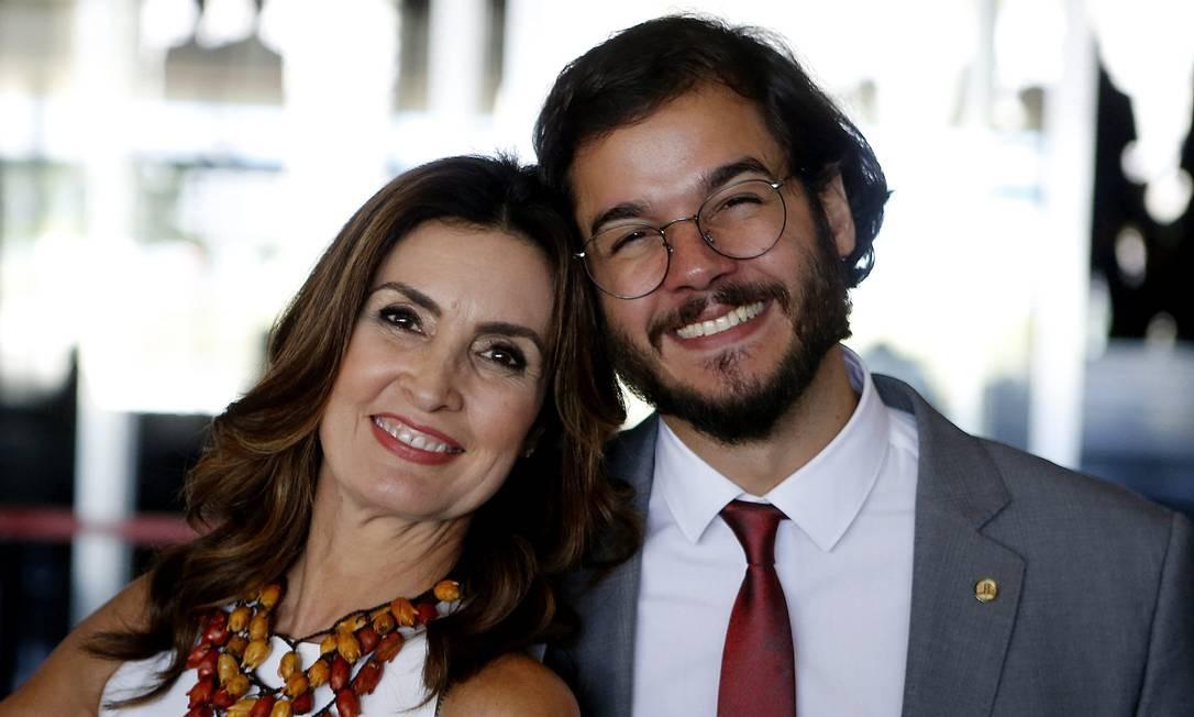 O deputado Túlio Gadelha ao lado de sua namorada, a apresentadora Fátima Bernardes Jorge William / Agência O Globo