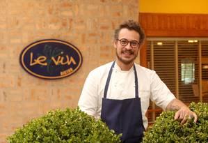 Chef Fred Barroso aposta no sabor tradicional do prato Foto: Eduardo Uzal / Agência O Globo