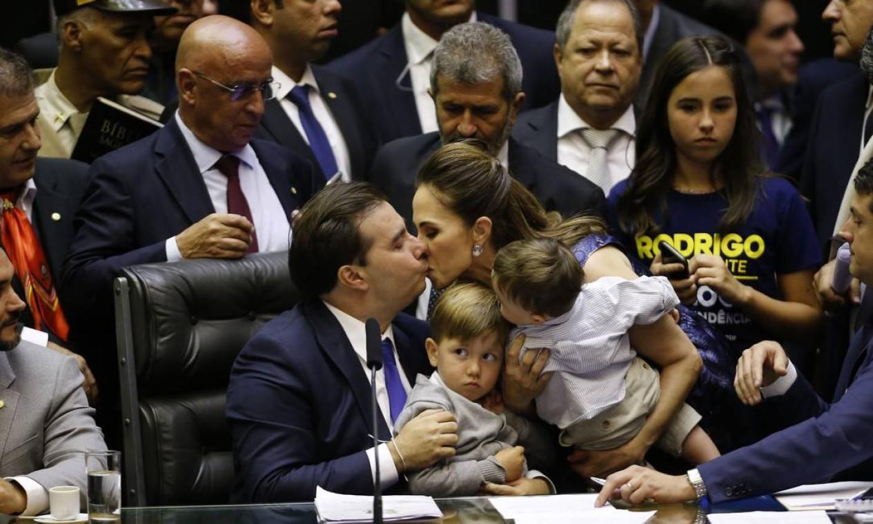 Maia conjugou o apoio de deputados do PSL, integrantes de uma bancada inexperiente e ainda sem trato político, com partidos de esquerda, como PDT e PCdoB Foto: Jorge William / Agência O Globo - 01/02/2019
