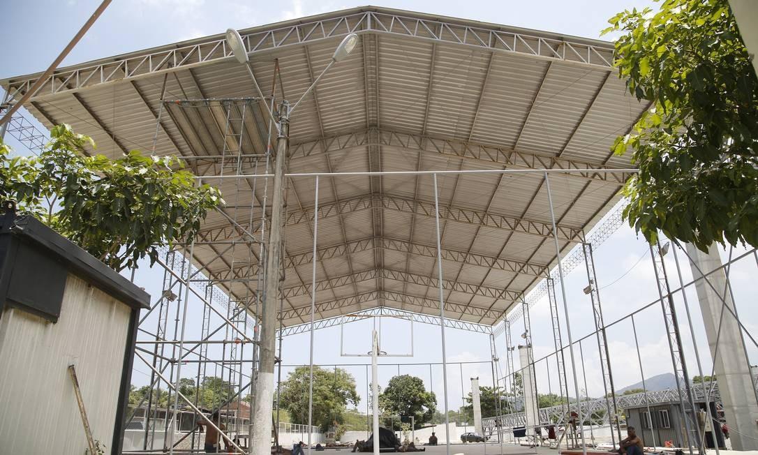 As estruturas do Parque Rural de Niterói começam a ganhar forma Foto: Fábio Guimarães / Agência O Globo