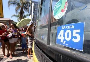 Passagem dos ônibus municipais do Rio aumentou 10 centavos Foto: Guilherme Pinto / Agência O Globo