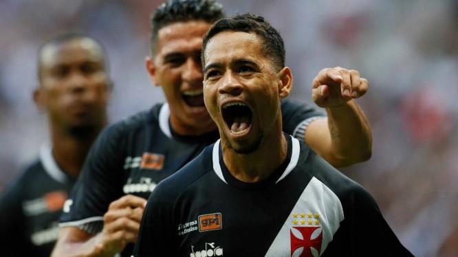 Pikachu comemora o gol da vitória do Vasco sobre o Fluminense Foto: Rafael Ribeiro/Vasco