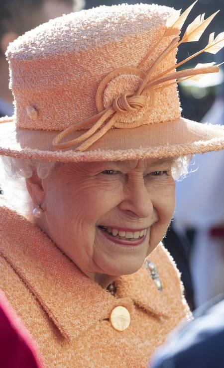 Todo carisma e simpatia da rainha Elizabeth II Foto: Mark Cuthbert / UK Press via Getty Images