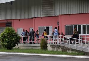 Fachada do Hospital Estadual Albeto Torres, onde menina de 11 anos baleada está internada Foto: FABIANO ROCHA / Agência O Globo