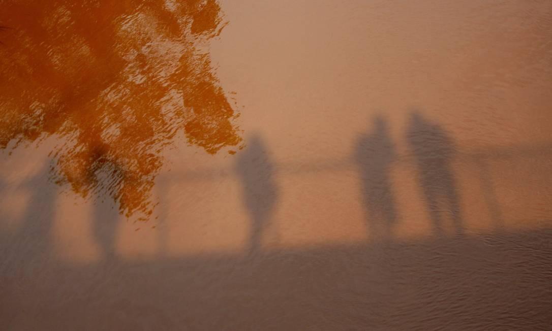 Rejeito de lama do rompimento da barragem atingiu também as águas do Rio Paraopeba, em Brumadinho. A água ficou da cor dos rejeitos. Foto: Alex de Jesus / O Tempo / Agência O Globo