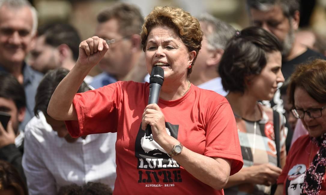 A ex-presidente Dilma Rousseff participa de comício em Ouro Preto Foto: Douglas Magno/AFP/21-09-2018