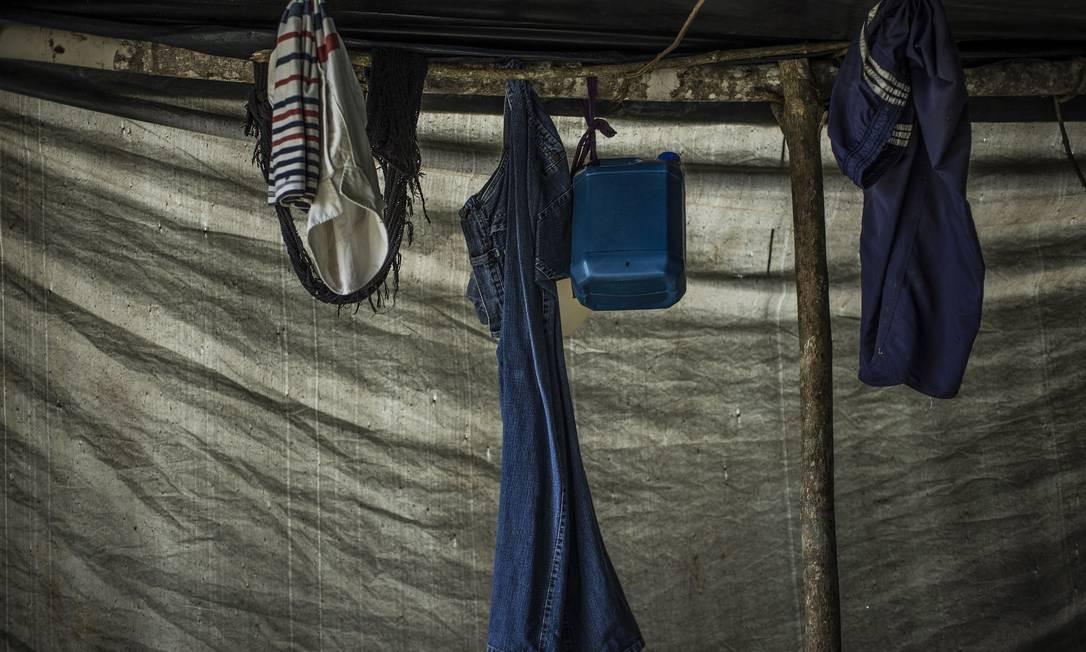Trabalhadores em situações análogas à escravidão em áreas rurais próximas a Boa Vista, Roraima Foto: Guito Moreto / Agência O Globo