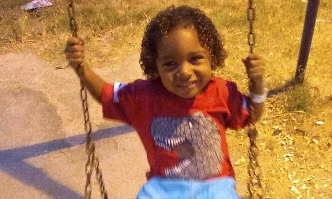 O menino Ângelo Miguel, de 3 anos, que morreu de leishmaniose Foto: Álbum de família
