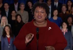 Democrata Stacey Abrams responde a discurso de Donald Trump no Congresso Foto: REUTERS TV / REUTERS
