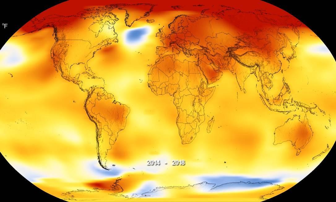 Mapa indica a variação da temperatura média no planeta entre 2014 e 2018, com as áreas em vermelho indicando as maiores elevações frente à média entre 1951 e 1980 e as em azul onde ela foi menor que a média histórica no ano passado Foto: / Nasa/Noaa