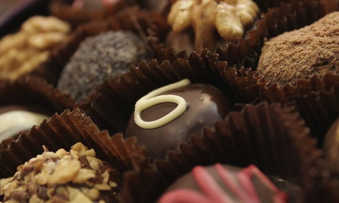 Bombons, trufas, barras... chocolate artesanal é uma das marcas registradas de Bariloche, que tem um festival dedicado ao doce na Semana Santa Foto: Emprotur / Divulgação