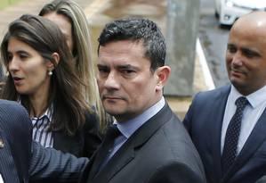 O ministro da Justiça, Sergio Moro, chega na Câmara para participar de reunião com parlamentares Foto: Jorge William/Agência O Globo/06-02-2019