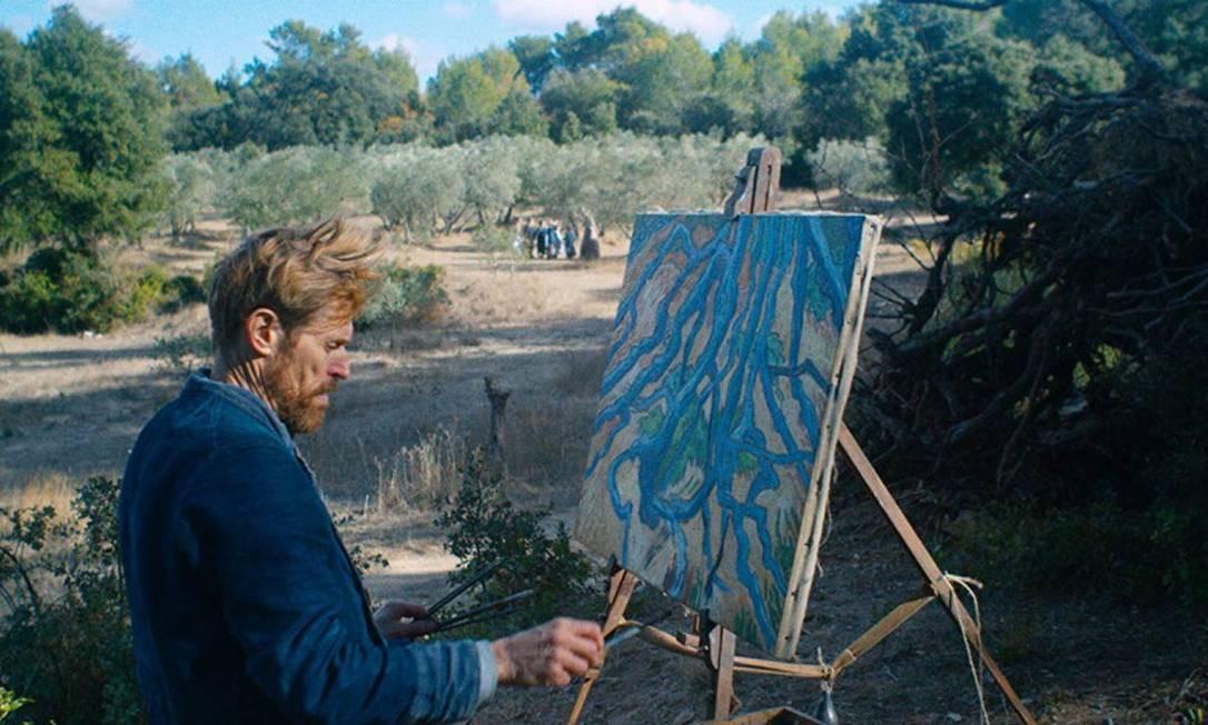 """RS - Willem Dafoe em cena do filme """"No portal da eternidade"""""""