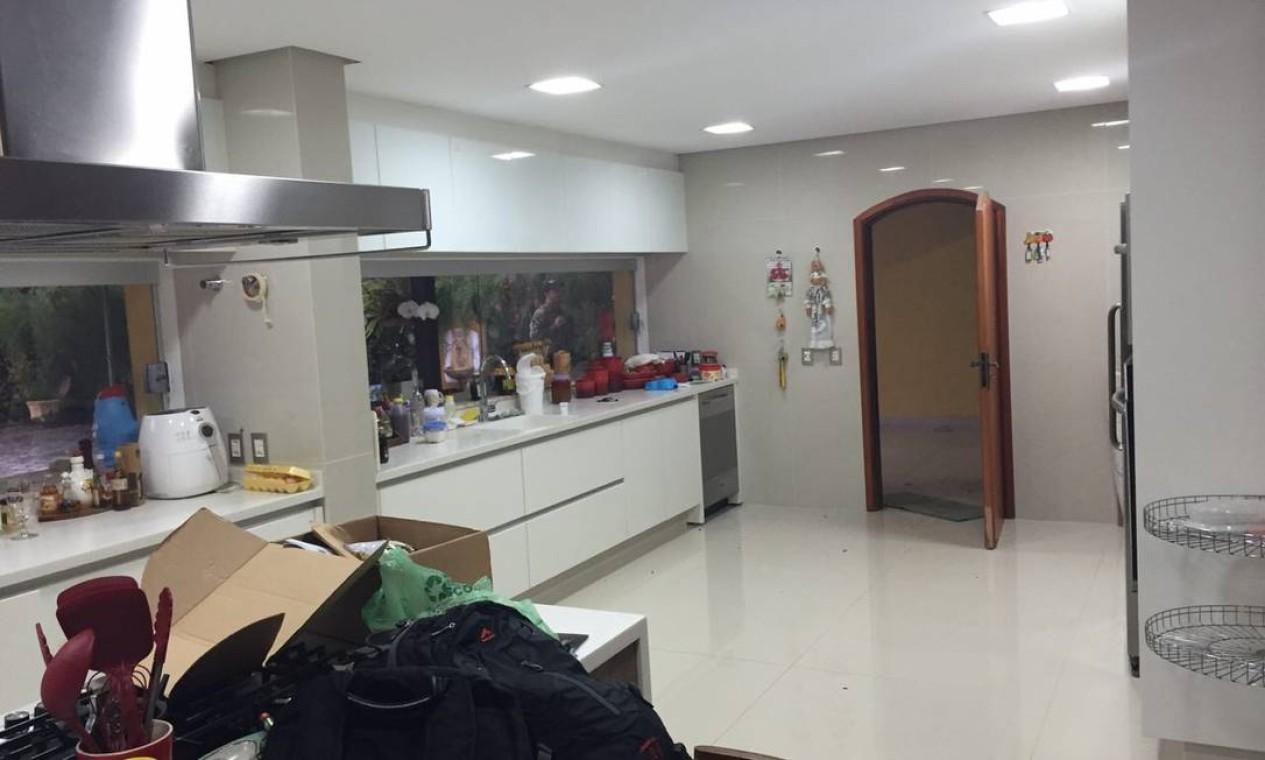 A cozinha do sítio de Atibaia Foto: Reprodução