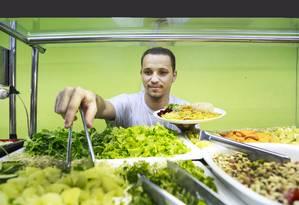 Leonardo Martins é um dos sócios do Vegano da Tijuca Foto: Marcos Ramos / Agência O Globo