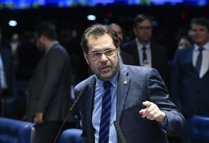 O senador Plínio Valério (PSDB-AM), durante pronunciamento Foto: Marcos Oliveira/Agência Senado/06-02-2019