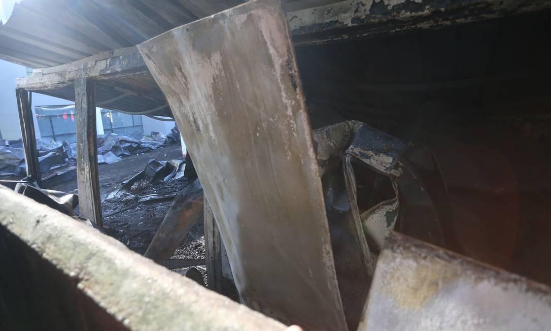 Incêndio deixa dez mortos no alojamento da base do Flamengo no Ninho do Urubu Foto: Fabiano Rocha / Fabiano Rocha