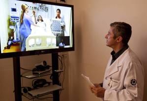 Em telemedicina, é possível um médico acompanhar pacientes em outro hospital Foto: Divulgação/Kiko Ferrite