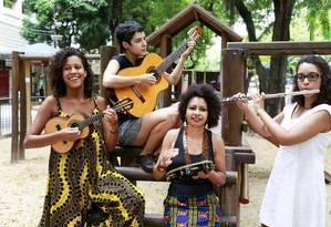 Quarteto Chora. Grupo quer contribuir para maior participação feminina nas rodas de choro Foto: Marcos Ramos / MARCOS RAMOS