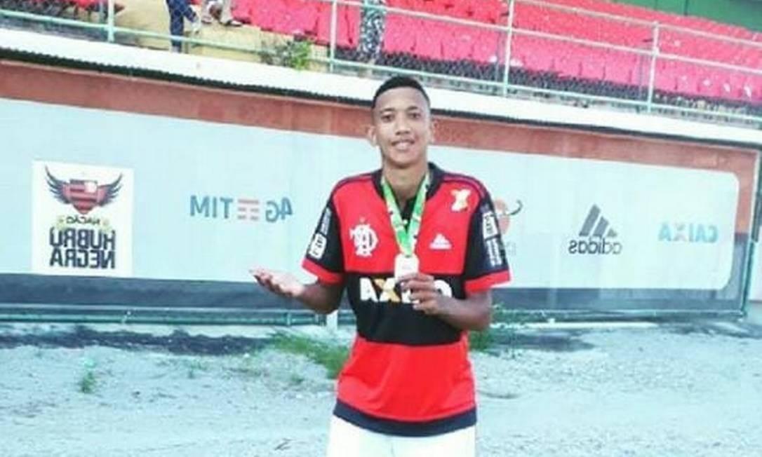 Athila é natural de Lagarto (SE), estava no Flamengo desde abril de 2018 Foto: Reprodução
