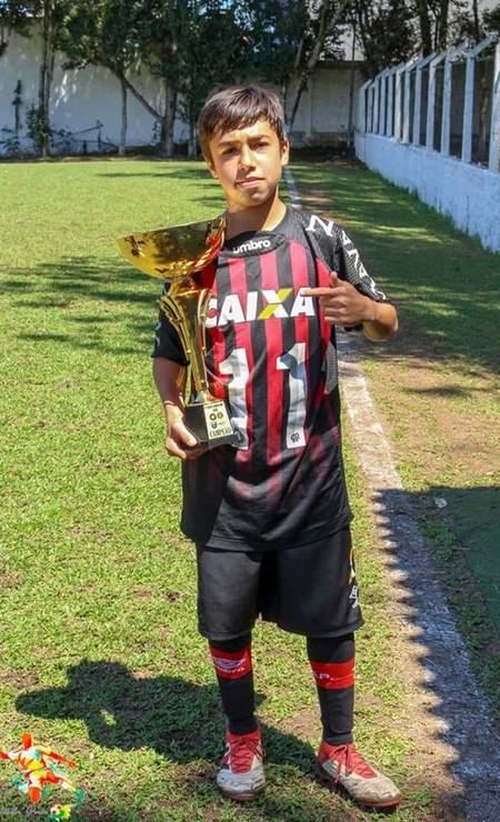 Recém-chegado ao Flamengo, Gedinho, de 14 anos, atuou no Furacão até o fim de 2018 Foto: Reprodução