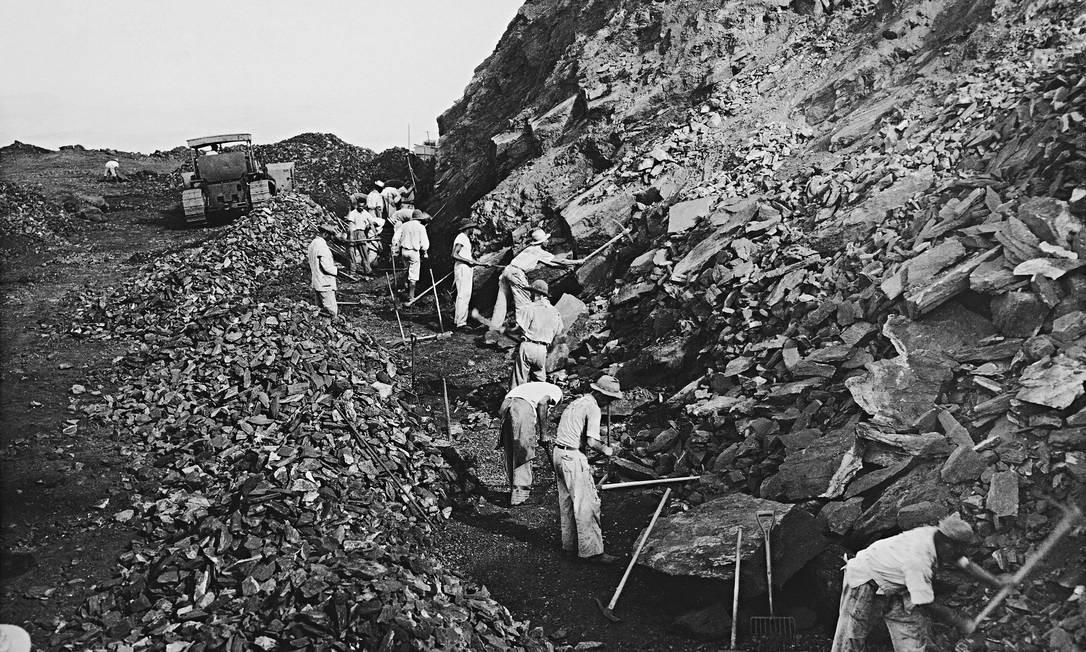 Mineração em Itabira (imagem do livro